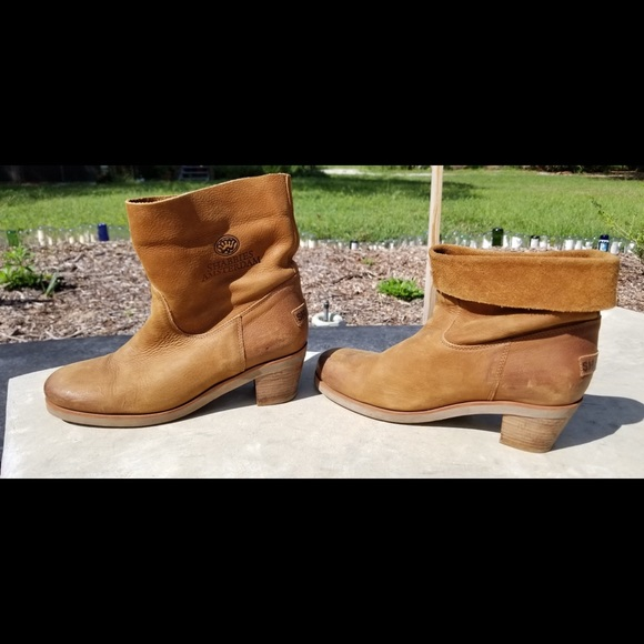Shabbies tan leather ankle boots